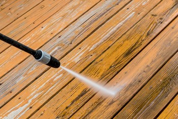 Deck & Fence Pressure Washing in Salisbury North Carolina