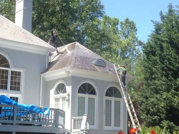 Roof Cleaning in Charlotte, NC