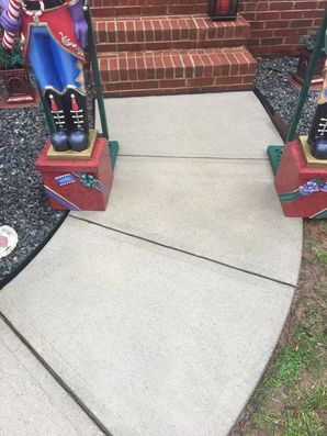 Before and after pressure washing in Mooresville, NC. (2)