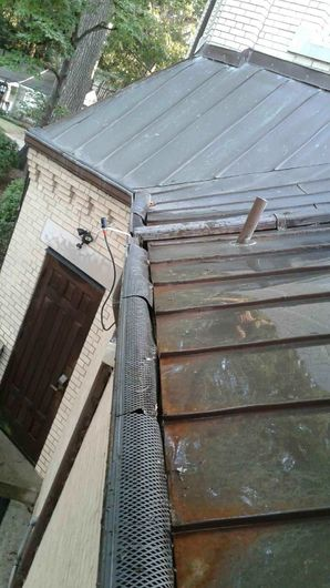 Before & After Gutter Cleaning Charotte NC (2)