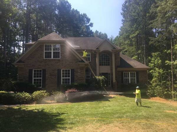 House Washing / Roof washing Denver NC. LKN washing Power washing (1)